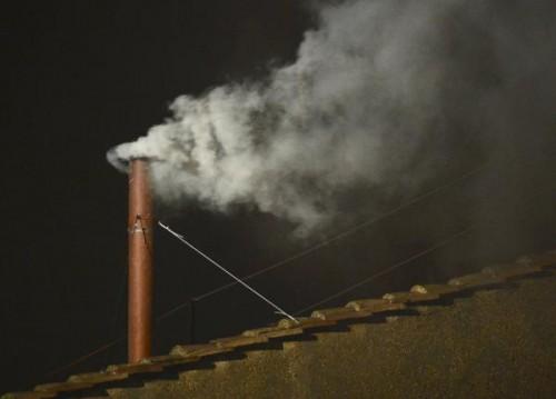 2013-03-13-Pape-News-Fumee