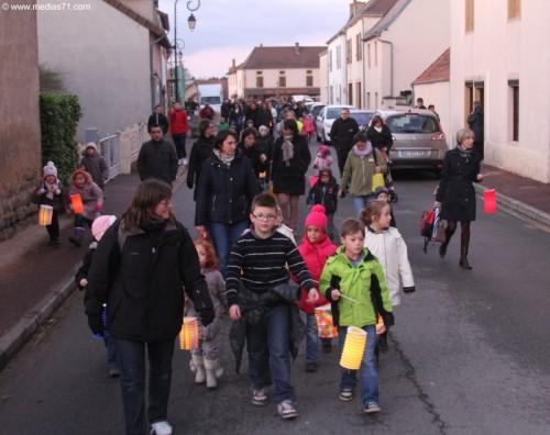 2013-12-06-Saint-Yan-Lumieres-IMG_0221